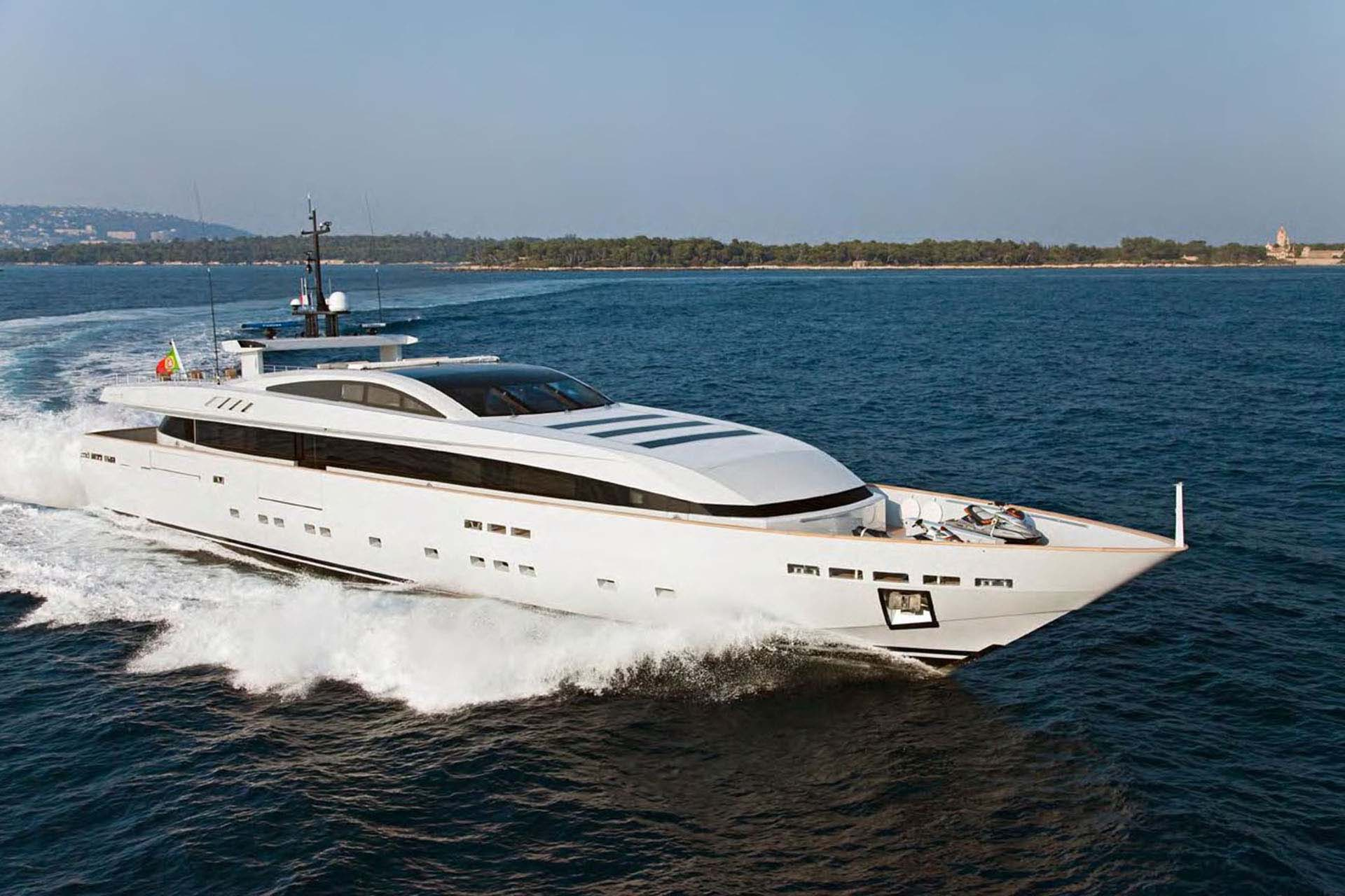 baglietto - APACHE II - Paskowsky Yacht Design